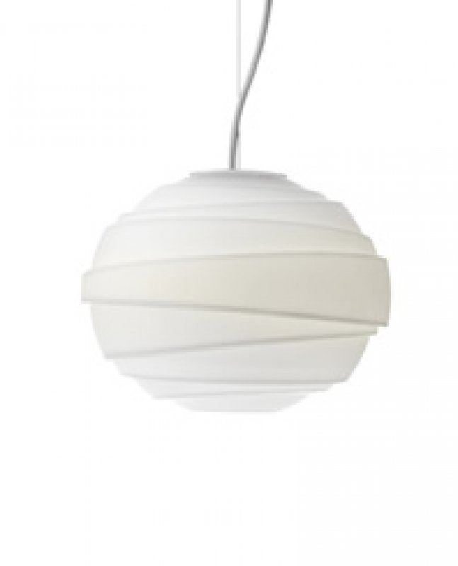 lightyears-pendant-light-lamp-atomheartp1-mortenvoss1